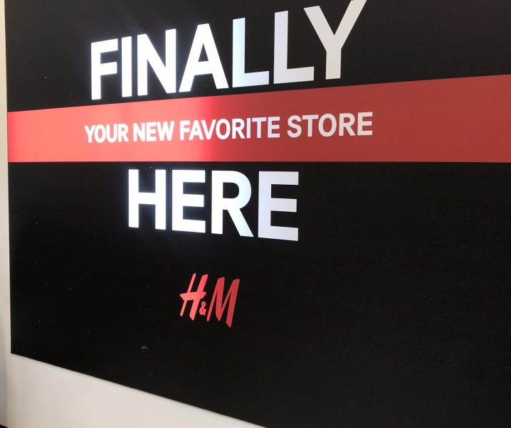 h&m at Burbank Town Center Now Open!